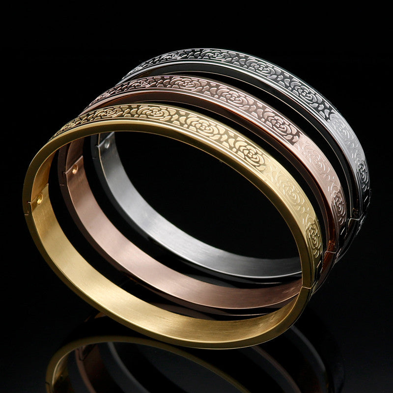 Rose Pattern Fashion 18k Gold Eternity Love Bracelet Carving Rose Bangle Female Models Buckle Brand Jewelry For Women