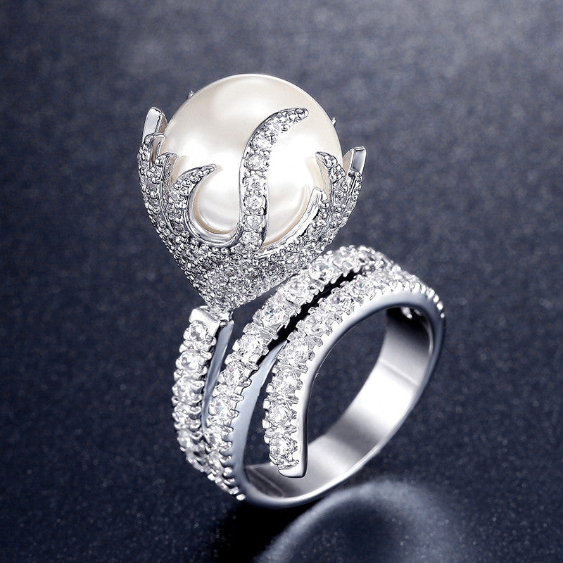 Ultra Big Synthetic Pearl Jewelry Fire Shaped Zirconia Rhodium Plated Micro Paved Rings for Women New Anel Feminino