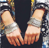 Vintage Tibetan Silver Plated Jewelry Gypsy Coin Carving Bracelets Retro Gold And Silver Plated Bracelets Hand Jewelry Gifts