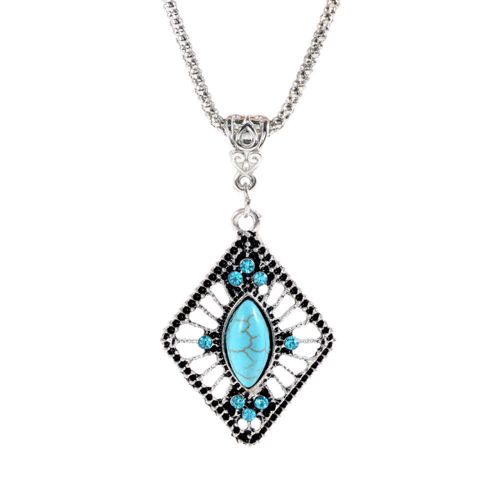 Hot selling Fashion Tibetan Silver Turquoise Pendant Necklace Chain Boho Bohemian Chic For Valentine's Day