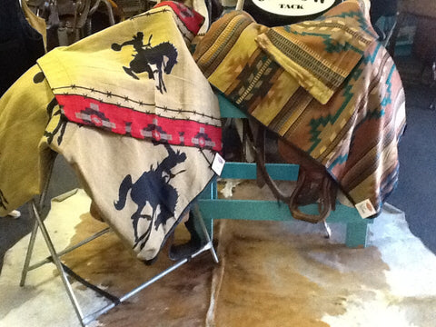 Southwest design Bedspreads - Dusty Cowboy