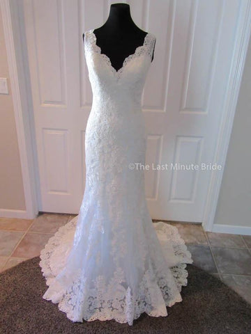 100% Authentic Allure Romance 2956 wedding dress from The Last Minute Bride.