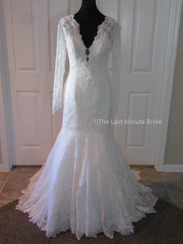 100% Authentic Allure 9260 wedding dress from The Last MinuteBride.