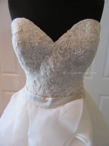 Sweetheart (Strapless) Wedding Dress