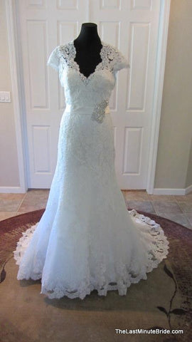 100% Authentic Allure 9064 Wedding Dress