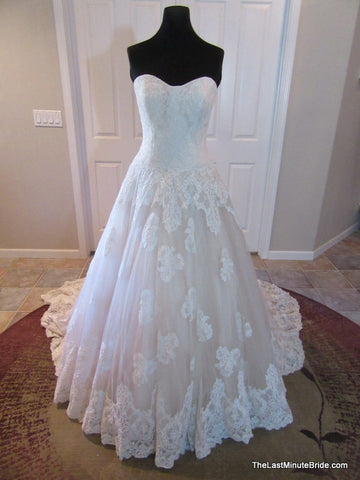 100% Authentic Allure Bridal Style 9121 Wedding Dress