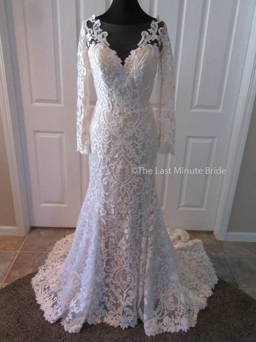 100% Authentic Ashley & Justin style 10451 Wedding Dress