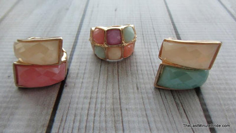 Multi colored stretch ring