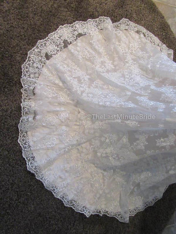 Jacquelin Exclusive Heather 19034 size 4