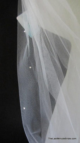 Jennifer Leigh Couture Bridal Veil Style: Crystal