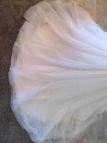 Color Pearl Wedding Dress