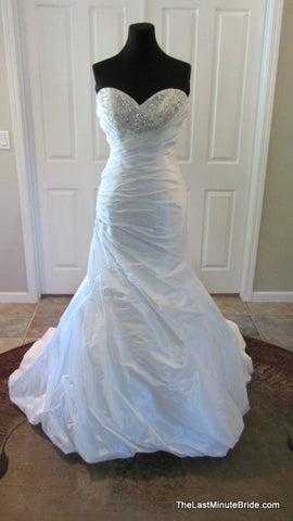 100% Authentic Maggie Sottero Aimee V7136 Wedding Dress