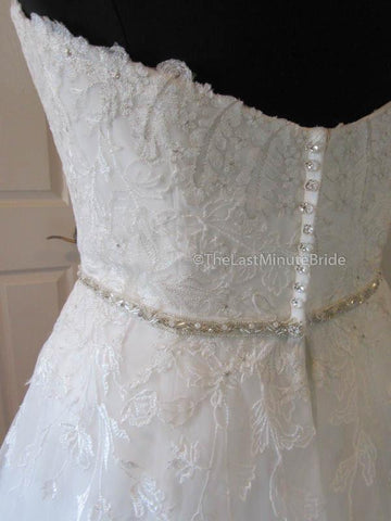 47.5 Hips Wedding Dress