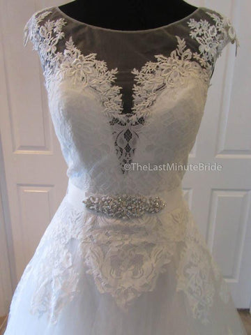 28.0 Waist Wedding Dress