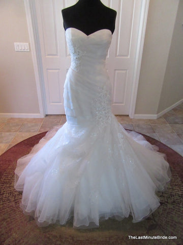 Color Ivory Bridal Gown