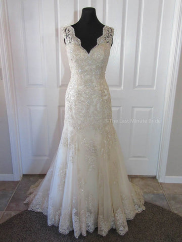 100% Authentic Stella York 5922 wedding dress