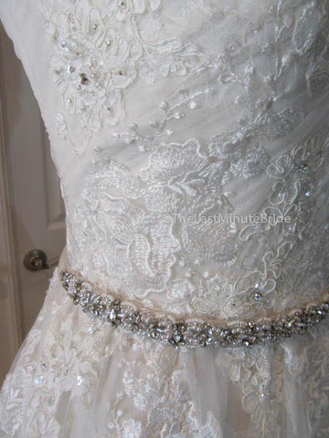 41.5 Hips Wedding Dress