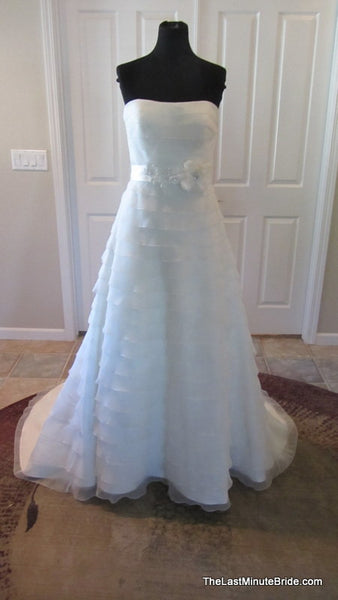 Sweetheart By Justin Alexander Style 5997