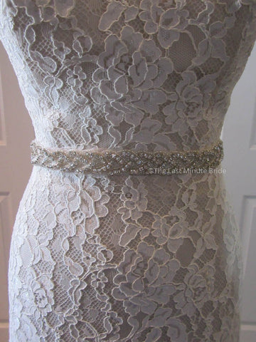 41.0 Hips Wedding Dress