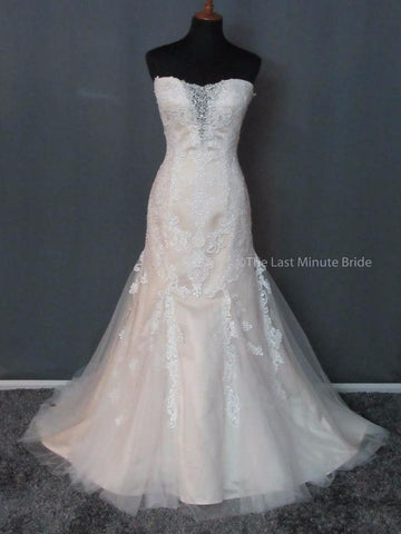 100% Authentic Casablanca 2242 Wedding Dress