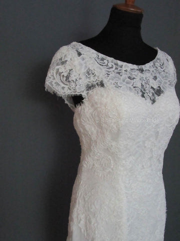 33.0 Waist Wedding Dress