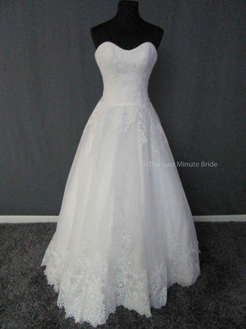 100% Authentic Allure 2902 Wedding Dress