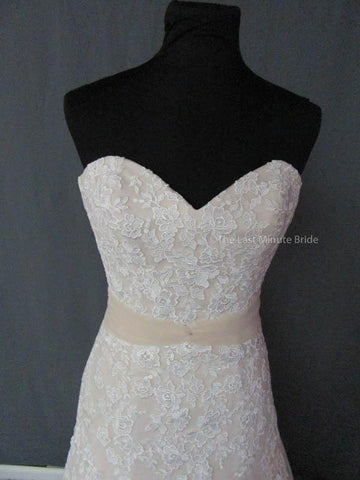 Fit -And- Flare Wedding Dress