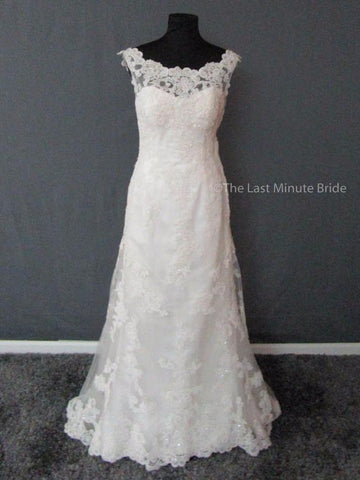 100% Authentic Casablanca Bridal Gown Style 2004