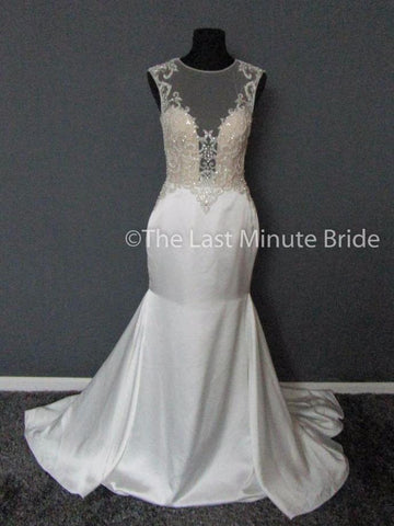 100% Authentic Demetrios 612 Wedding Dress