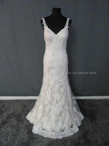 100% Authentic Stella York Bridal Gown Style 5984 Wedding Dress