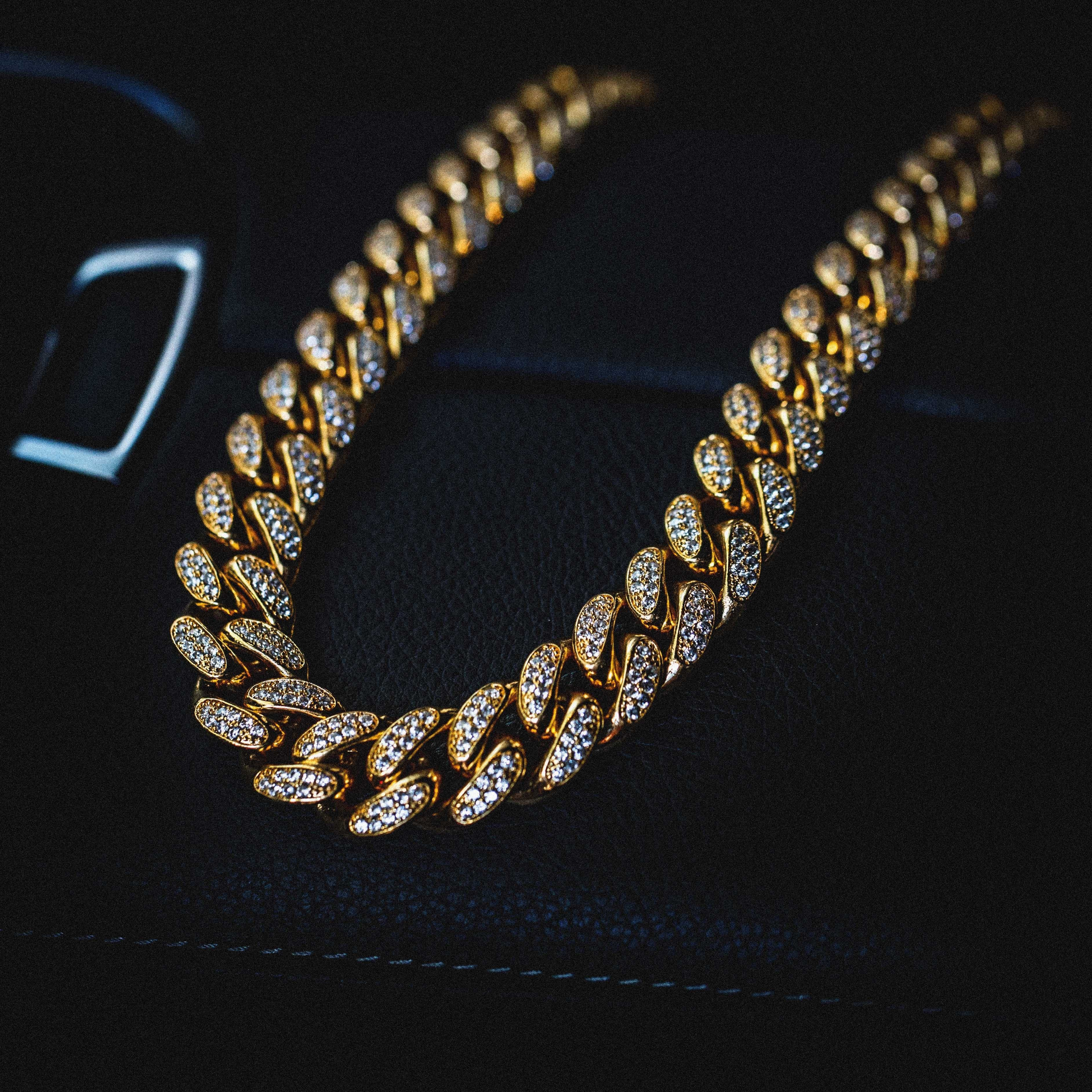 Diamond Cuban Link Necklace 19mm In Yellow Gold The