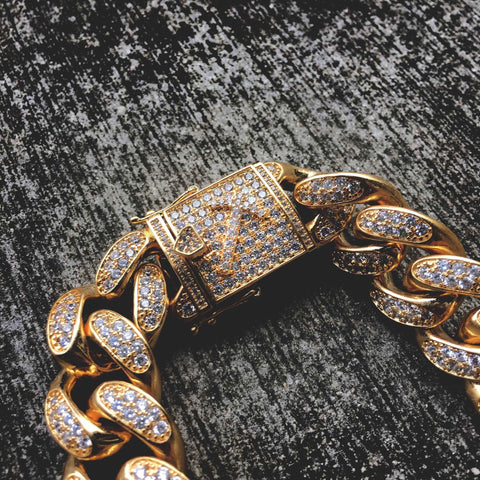 Diamond Cuban Link Necklace (19mm) in Yellow Gold