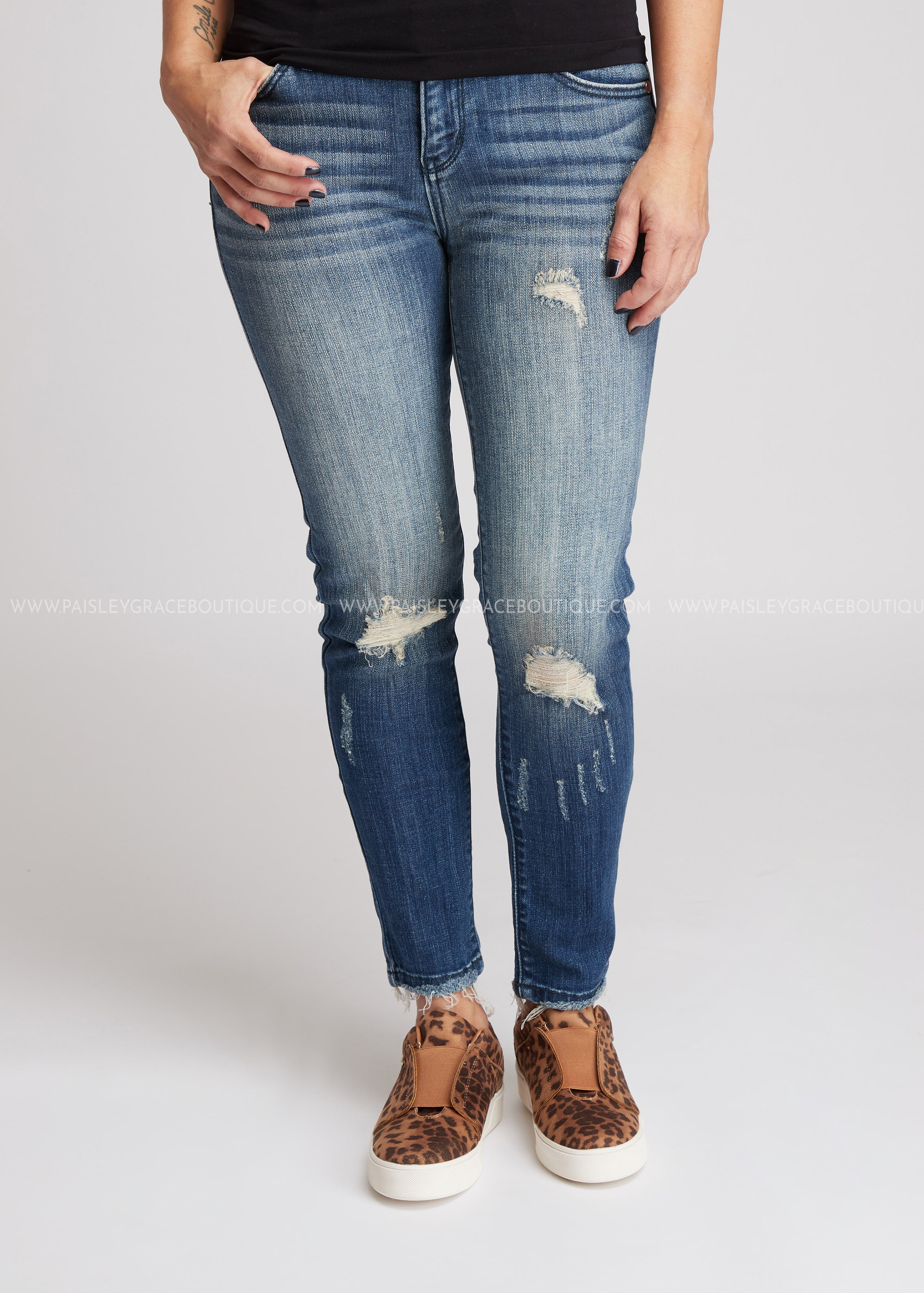 Southern Edge Skinny Frayed Jeans