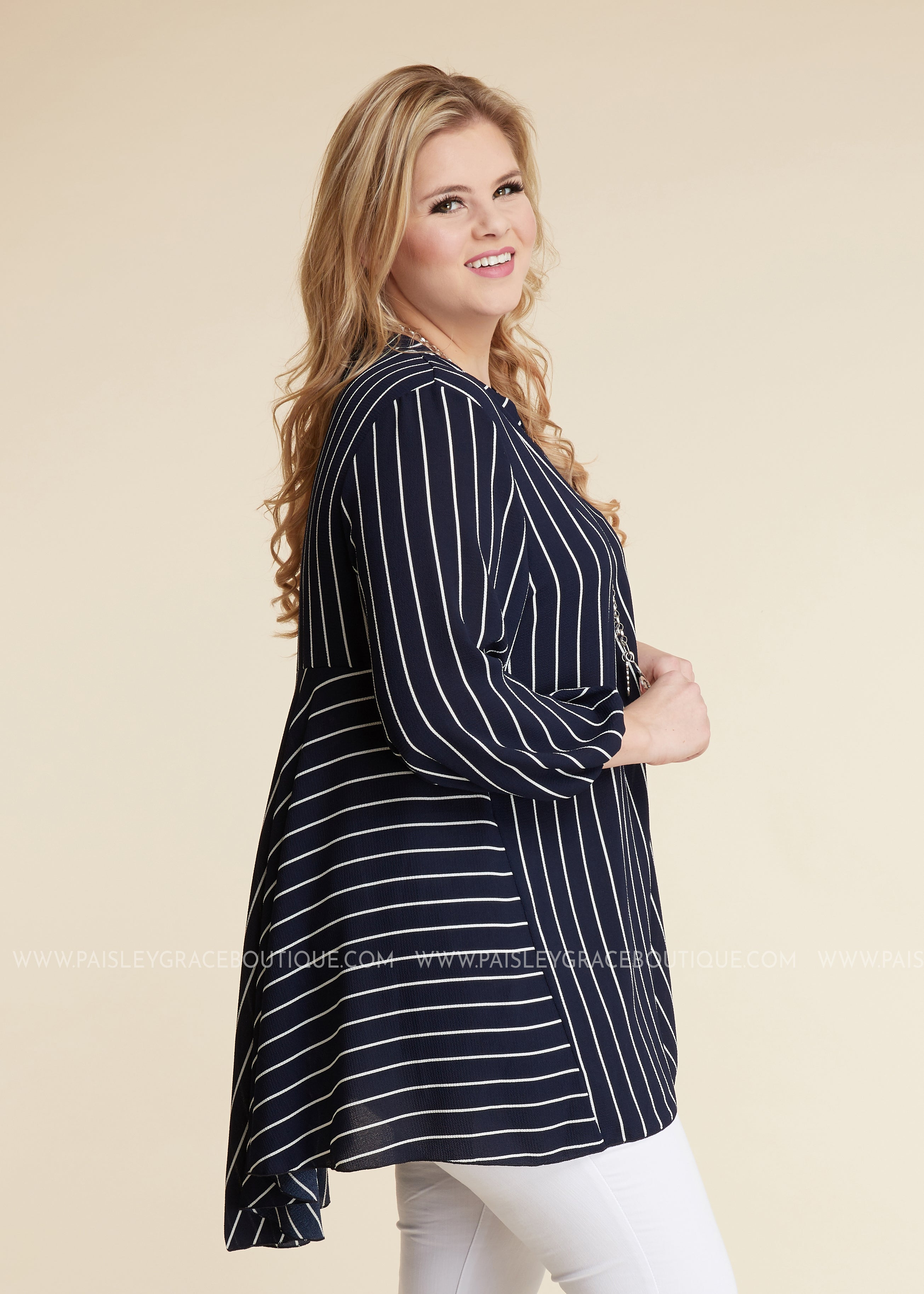 Streamline Top- NAVY