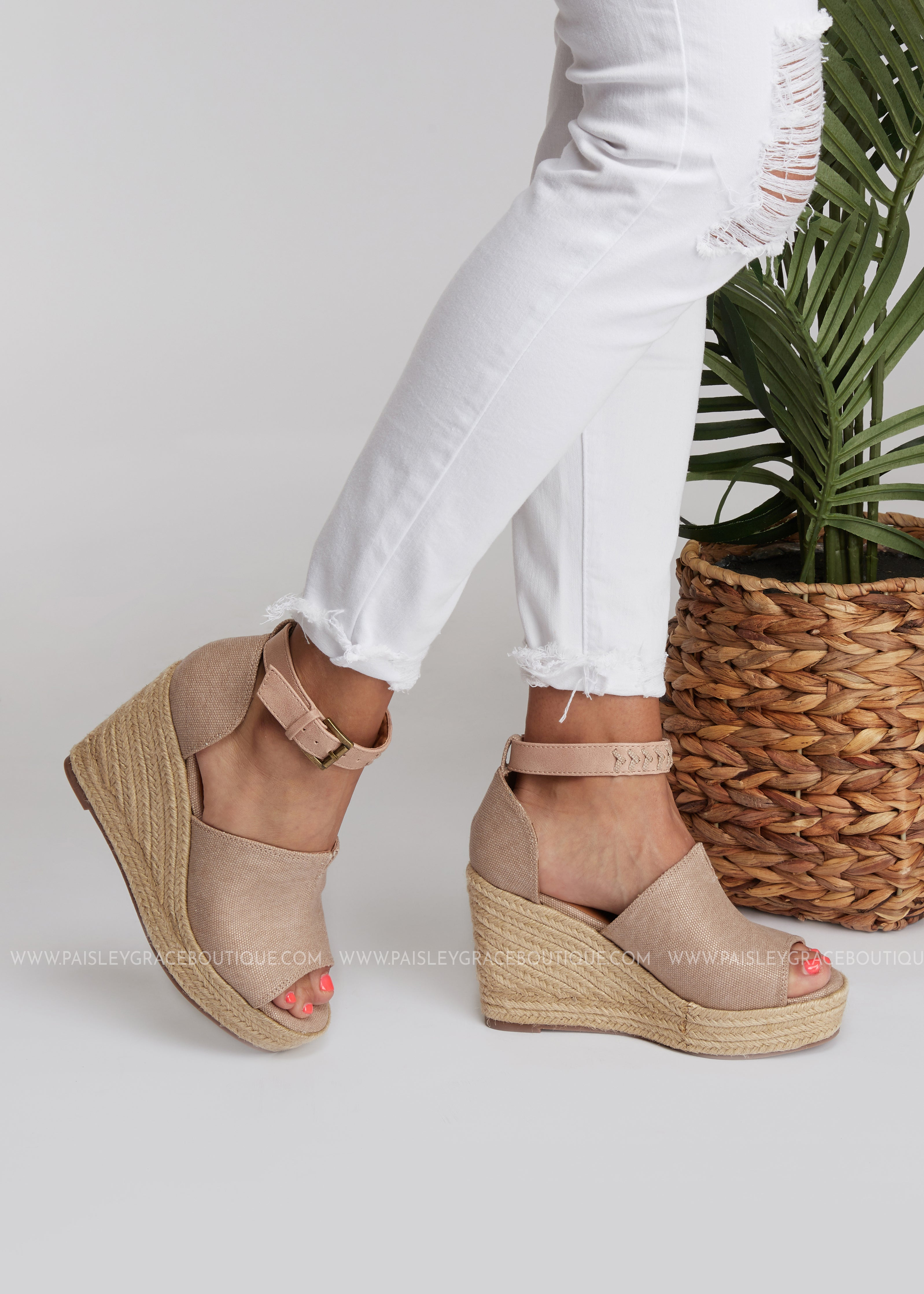 Leif Espadrille Wedge