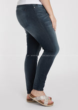 Load image into Gallery viewer, Londyn Jeans- RESTOCK