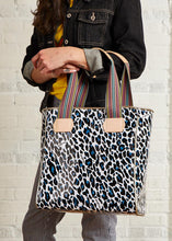 Load image into Gallery viewer, Classic Tote- Lola By Consuela