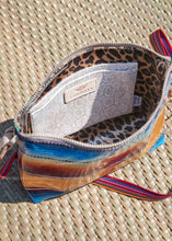 Load image into Gallery viewer, Downtown Crossbody - Deanna By Consuela