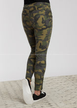 Load image into Gallery viewer, On The Move Camo Pants-OLIVE - FINAL SALE