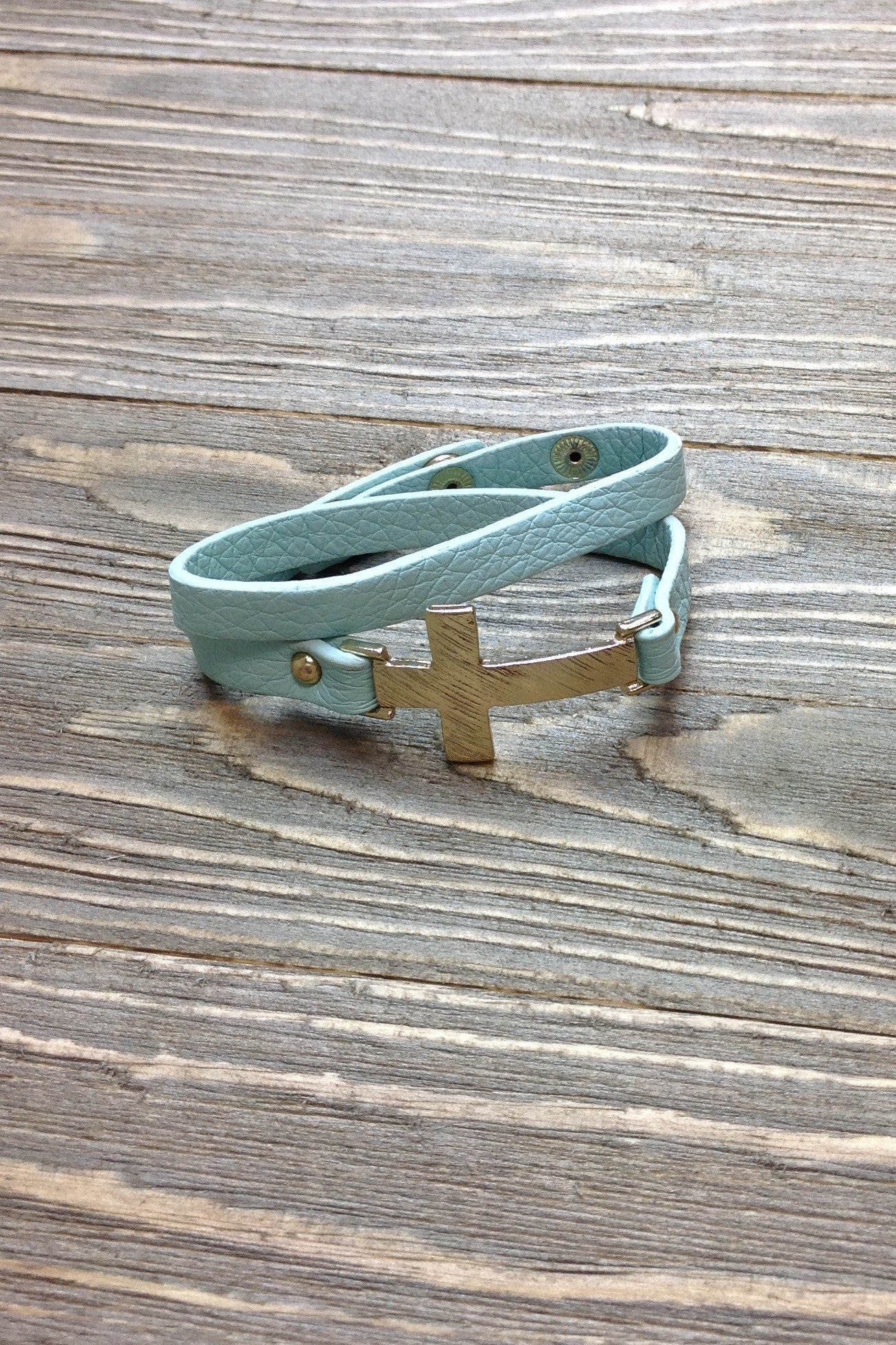 Mint Wrap Gold Cross Bracelet