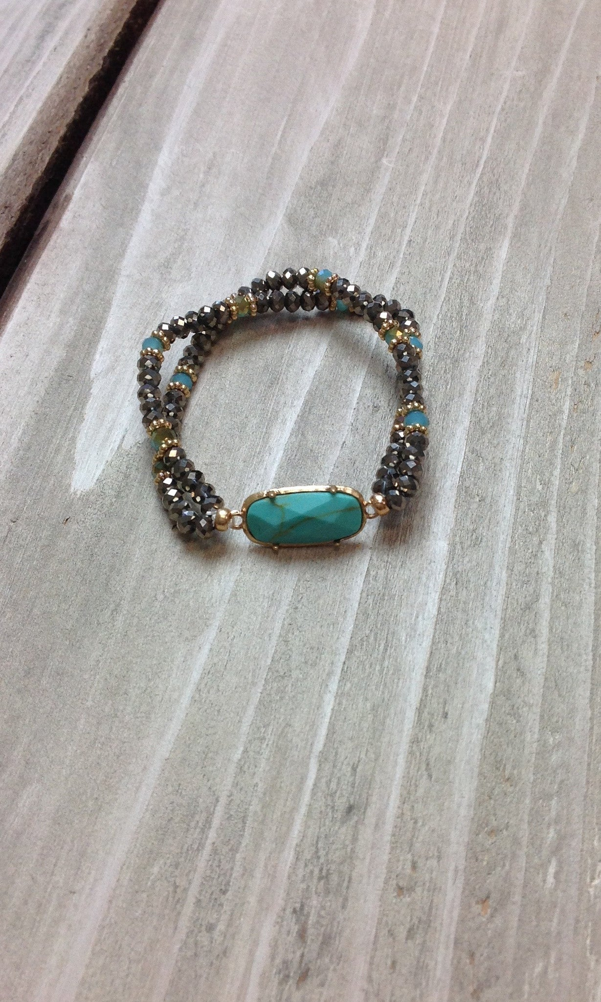 Silver Seed Bead w/Turquoise Stone