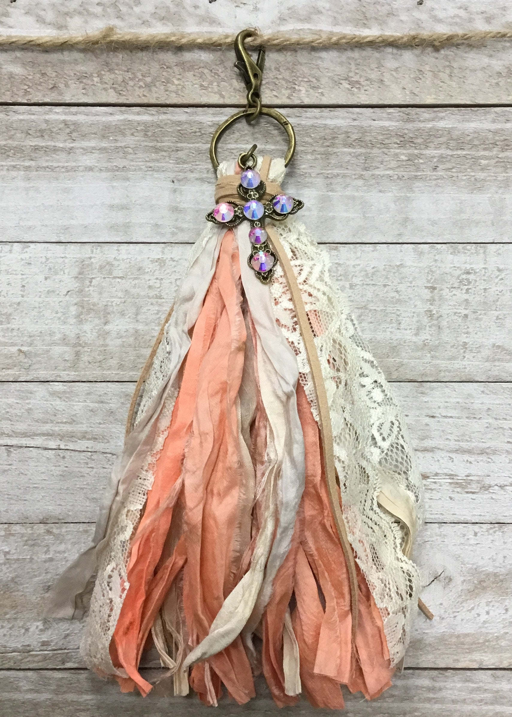Peach/Cream Lace Tassel Clip On
