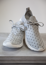 Load image into Gallery viewer, Easy Street Sneakers -Light Grey