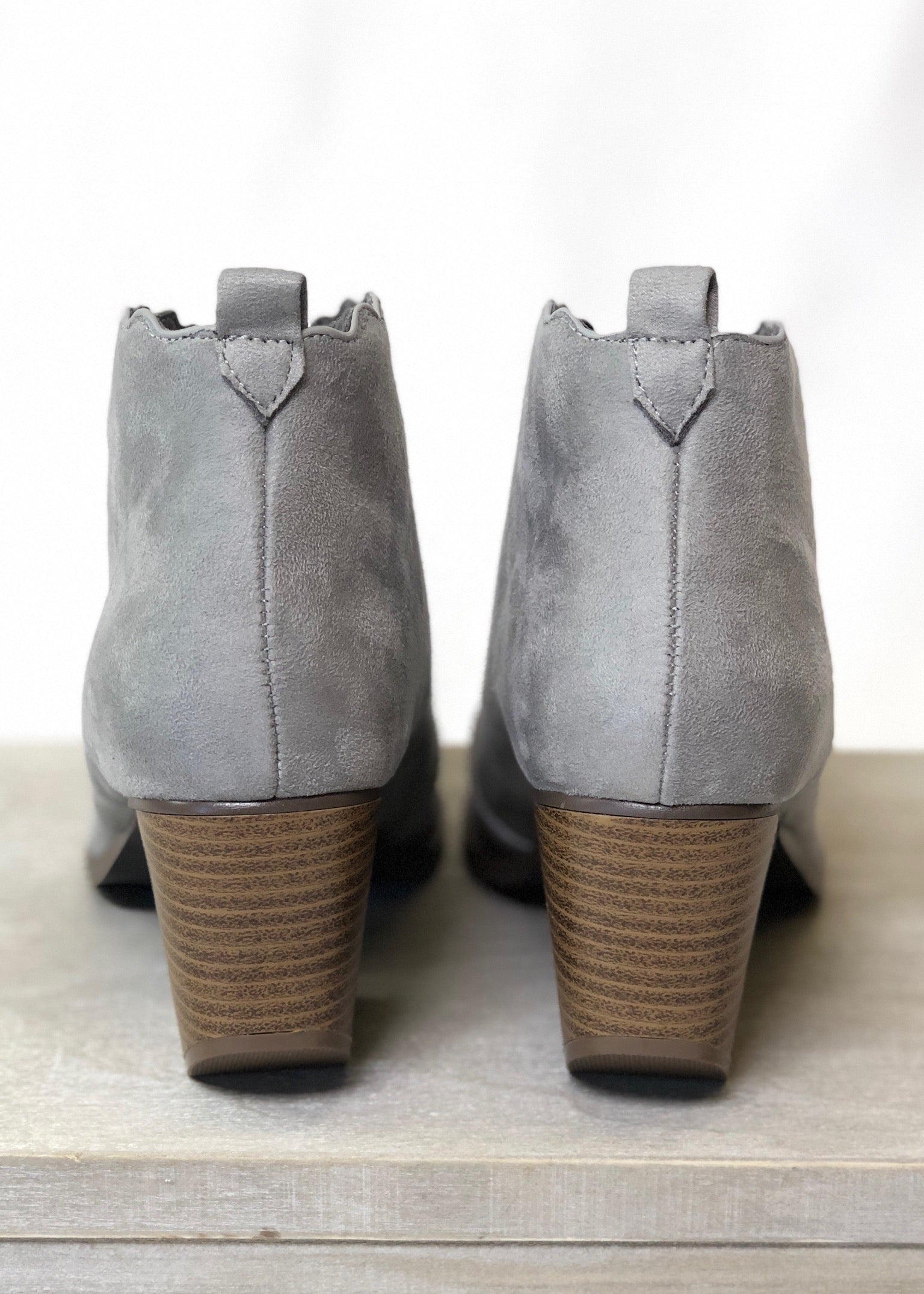 Newberry Scalloped Booties - Grey - FINAL SALE