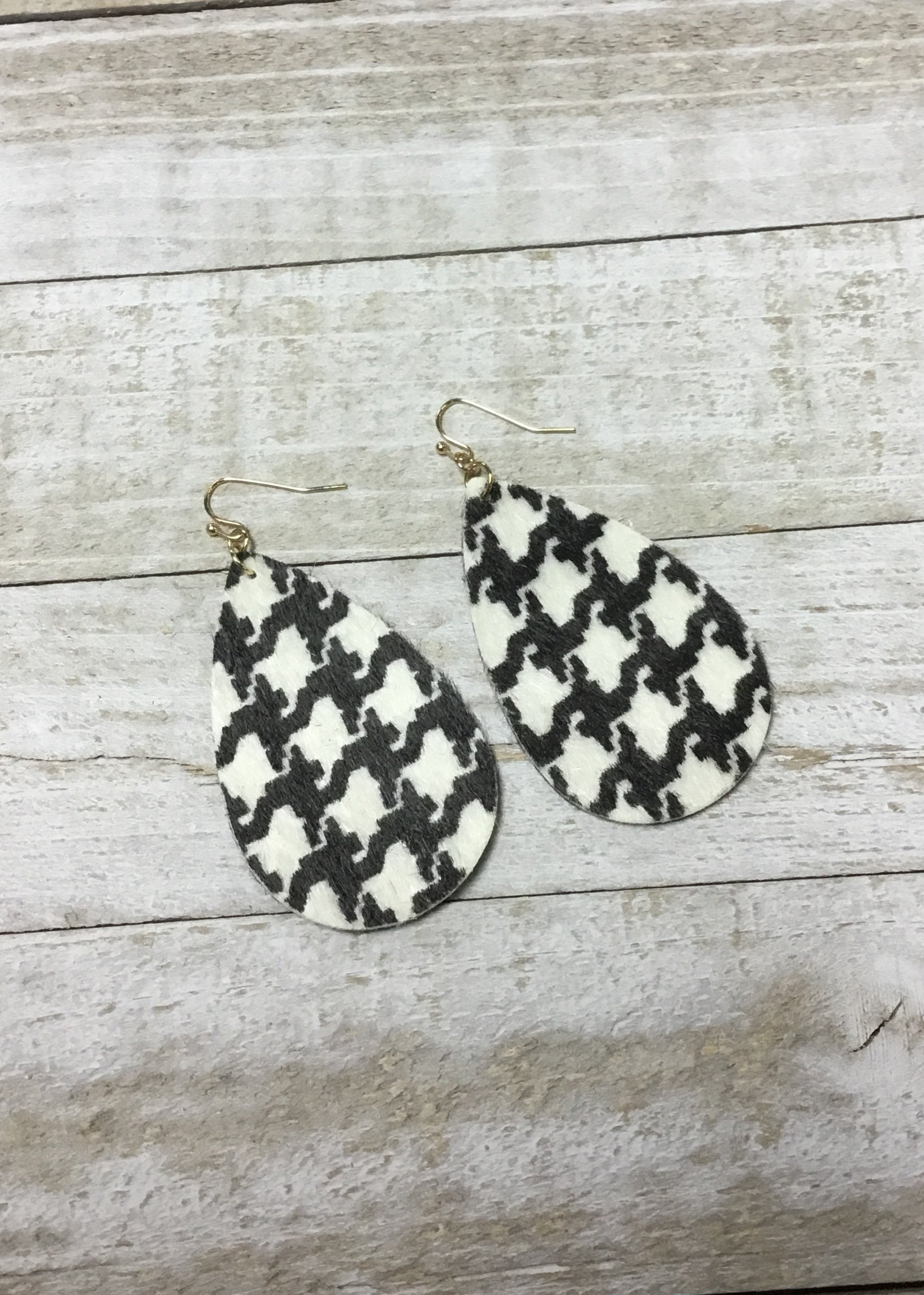 Houndstooth Teardrop Earrings