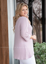 Load image into Gallery viewer, Harlow Top- LILAC - FINAL SALE
