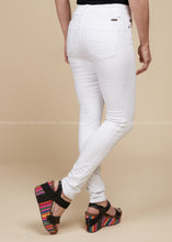 Load image into Gallery viewer, Grace White Jeans  - FINAL SALE