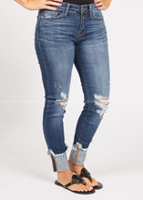 Load image into Gallery viewer, Oaklynn Distressed Jean-RESTOCK