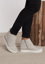 Load image into Gallery viewer, Killeen Sneaker by Corkys-LIGHT GREY