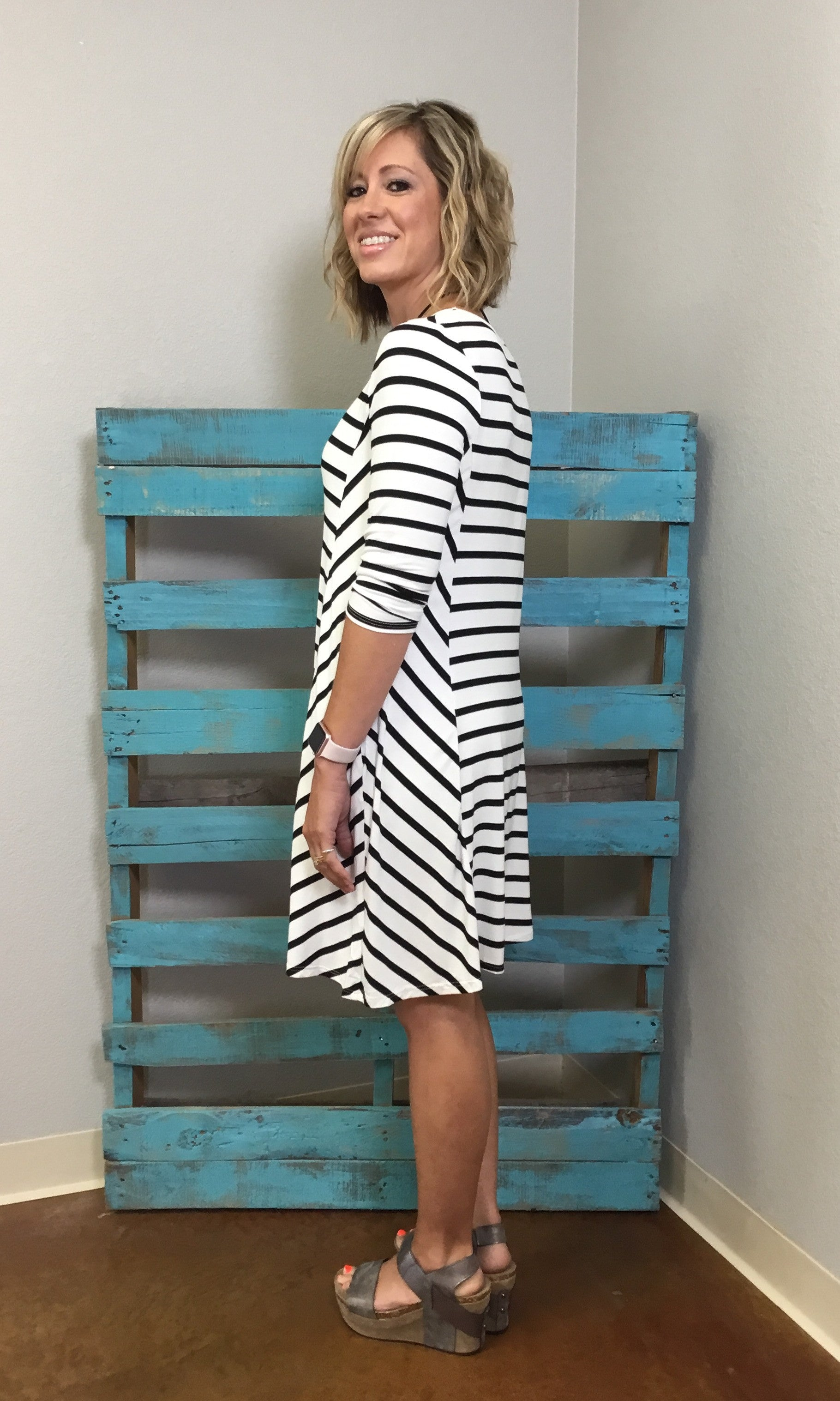 Stripe A Pose - Black/Ivory